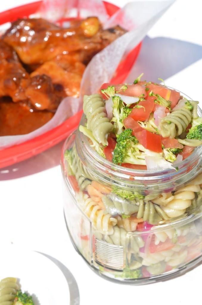 Picnic Pasta Salad - Mooshu Jenne #picnic #foodelicious